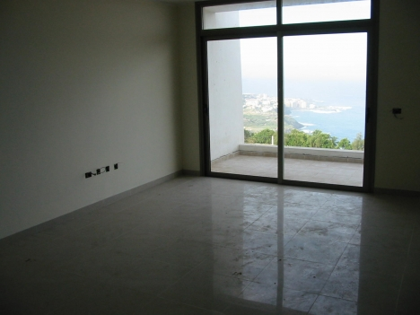 Panoramic views with 2 bedrooms.