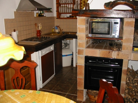 Finca+Home+4 sep. apts+pool