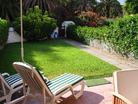 Bajo con terraza y jard n for Alquiler de bajos con jardin en las rozas