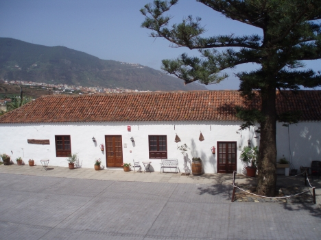 Large canarian finca home with own chapel.