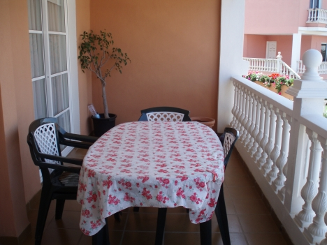 Bonito piso en La Paz con 2 dormitorios, piscina y garaje.