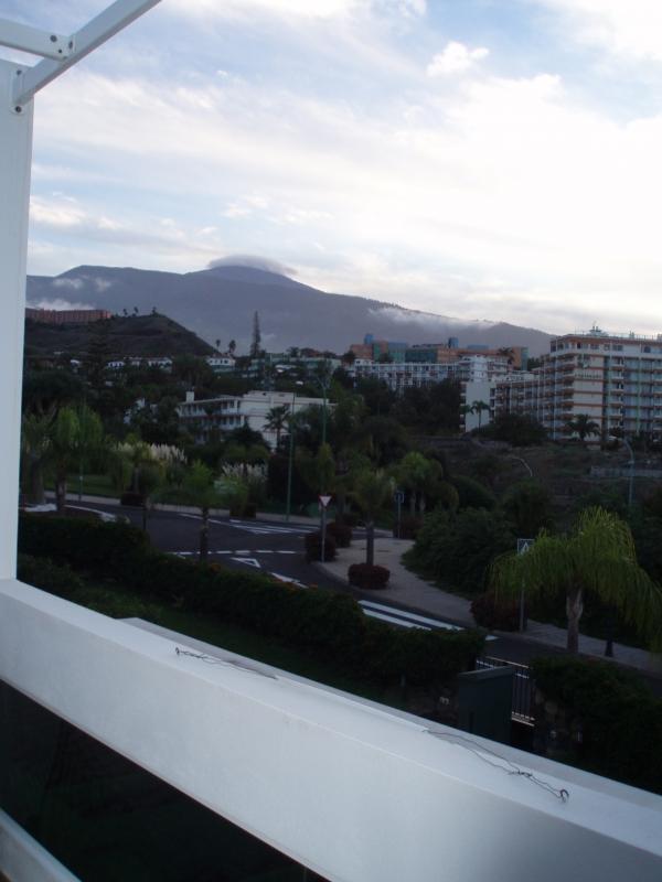 Sehr modernes und helles Apartment mit 25m2 Terrasse Teideblick.