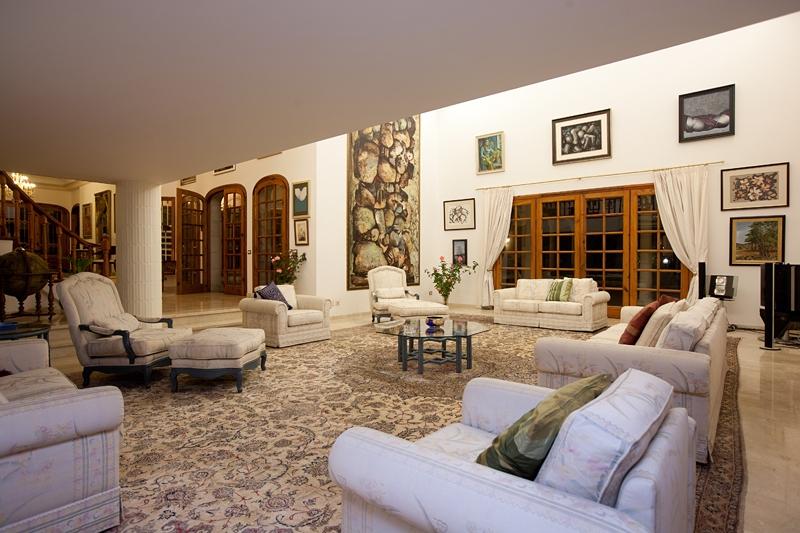 Dieses prachtvolle Anwesen nimmt eine Ausnahmestellung auf Teneriffa ein. In der begehrtesten Lage a