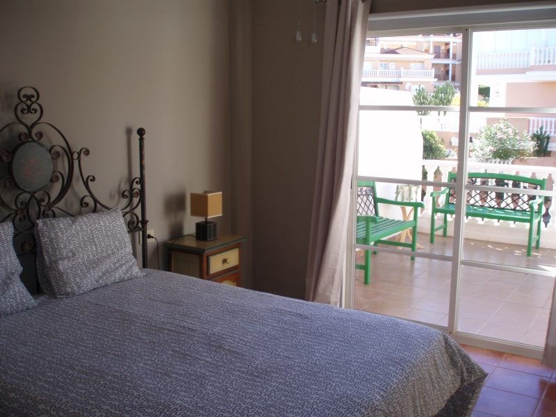 Sunny flat with terrace in La Paz.