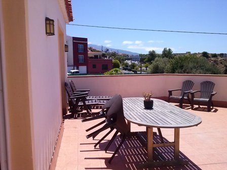 Corner penthouse with large terrace in Santa Ursula.