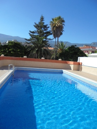 Renovated studio with pool down town Puerto de la Cruz.