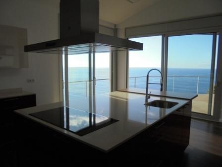 modernes grosszuegiges aund luxurioeses wohnen. Black Bedroom Furniture Sets. Home Design Ideas