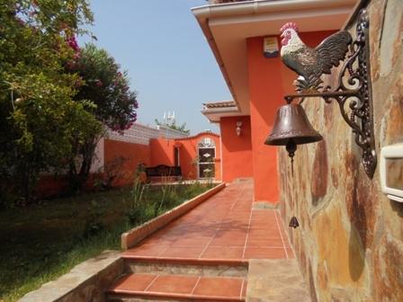 Familienhaus mit separaten Studio, grossen Garten und Meerblick in El Sauzal.