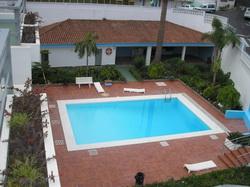 Teneriffa, Studio in Puerto de la Cruz, Schönes Studio-Appartement mit Schlafcouch, Terrasse, Gemeinschaftspool und Dachterrasse.
