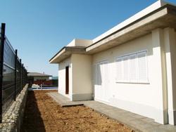 Villa mit doppelt Zimmern, Garten, Terrasse, Blick, ruhige Lage.