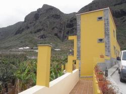 Apartments for rent in La Caleta de Interian