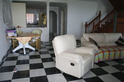 Duplex-apartment spacious with sea view and garage