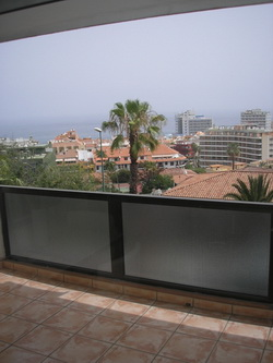 Nice and modern furnished apartment for rent.