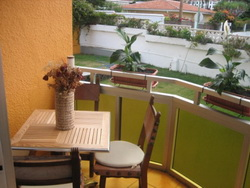 Tenerife, Estudio en Puerto de la Cruz, Precioso estudio en zona tranquila, soleado, bonitas vistas, bien amueblado y decorado.