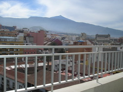 Tenerife, Estudio en Puerto de la Cruz, ¡Muy moderno y nuevo amueblado/ equipado!