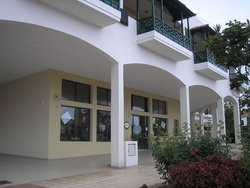 Teneriffa, Geschäftslokal in Adeje, Lokal mit 65m² Terrasse.