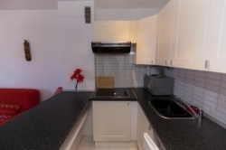 Lovely studio, located in a residential complex, close to all amenities