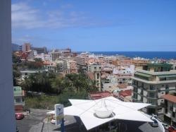 Tenerife, Apartamento en Puerto de la Cruz, ¡Atención! Apartamento moderno en la ciudad!