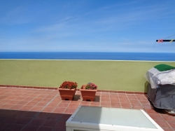 spacias, wide townhouse in good condition for sell.