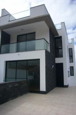 Teneriffa, Haus/Chalet in La Orotava, NEU Modernes Einfamilienhaus in guter Wohnlage, sehr helle, hochwertige Materialien