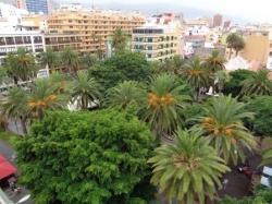 Teneriffa, Studio in Puerto de la Cruz, Gelegenheit! Unmöbliertes Studio-Appartement mit Balkon, Dachterrasse direkt an Plaza de Charco!