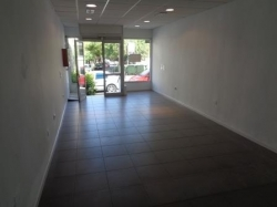 Opportunity in the center! Commercial premises in a street with a lot of traffic !.