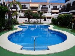 Teneriffa, Appartement in Puerto de la Cruz, LA PAZ!!!!!! Schöne Wohnung, geräumig, renoviert, sehr hell und ruhig, beheizter Pool, große Terrasse.