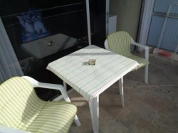 ¡Moderno estudio en complejo hotelero ****! Piscina y terraza soleada con vistas!