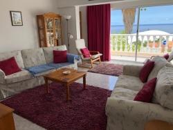 Tenerife, House/Chalet in Puerto de la Cruz, semidetached bungalow style villa with separate apartment