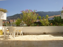 very good investment; spacious studio with 30 m2 of terrace,