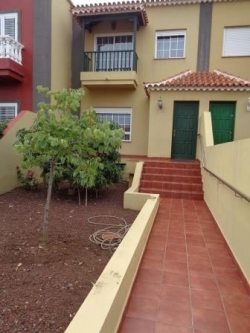 Tenerife, House/Chalet in Puerto de la Cruz, Large townhouse in residential area with front and back garden