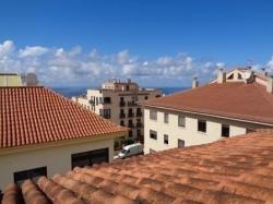 Teneriffa, Penthouse in La Orotava, Gelegenheit! Schönes Penthouse mit großer überdachter Terrasse aus Aluminium
