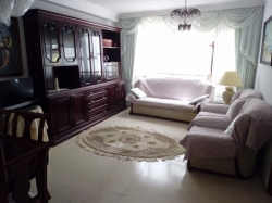 Tenerife, Apartment in Puerto de la Cruz, Opportunity in the city center! 4 bedrooms and 2 bathrooms. Furnished. Lift.