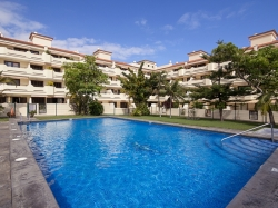 Tenerife, Apartment in Puerto de la Cruz, Beautiful penthouse with 2 terraces, furnished, garage, tennis court and pool