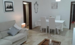 Tenerife, Apartment in Puerto de la Cruz, Spacious apartment in the center. Completely renovated and equipped.