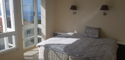 Reihenhaus, modern,privilegierte Klima in La Matanza, 3 Schlafzim.,Garten,Gemeinschaftspool.