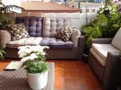 Spektakuläre Wohnung mit Terrasse und Parkplatz! Direkt in Altstadt!