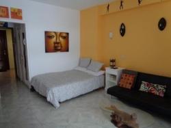 Tenerife, Studio in Puerto de la Cruz, Super studio with balcony, fully equipped kitchen, double bed plus sofa bed