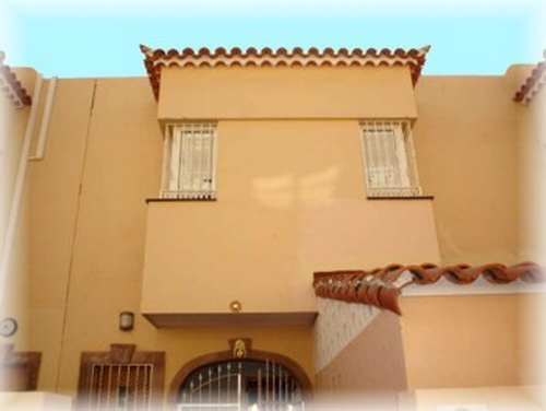 Townhouse in Las Américas