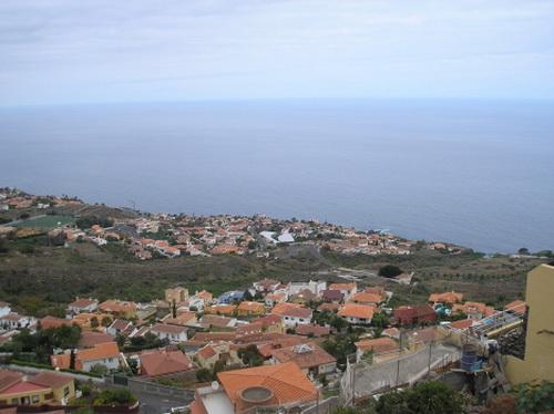 Beautiful plot with panoramic views.