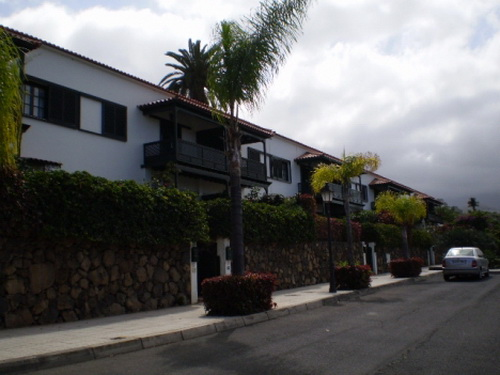 Attraktives Reihenhaus mit 2 Terrassen