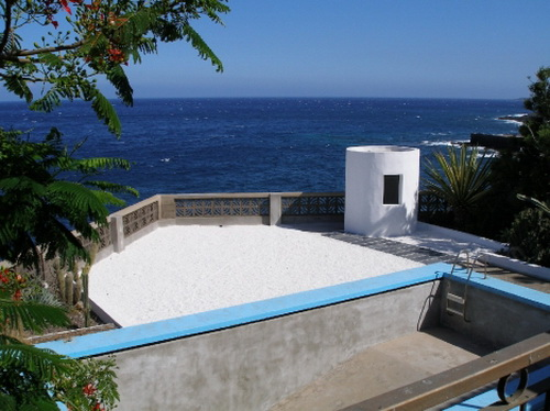 Special offer: chalet situated in front of the sea with 5 bedrooms