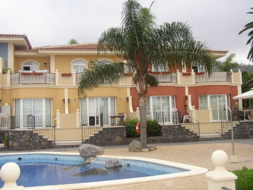 Beautiful and furnished apartment,