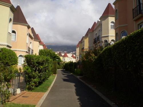 Sehr gepflegtes Doppelhaus mit Garten