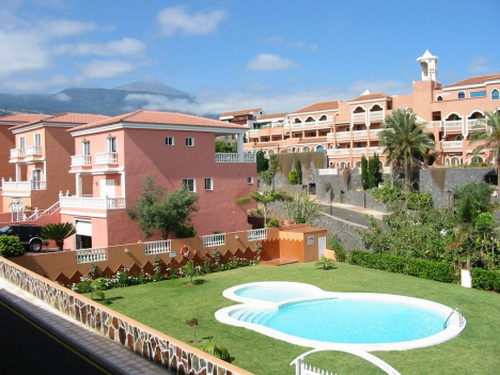 Flat with terrace & Pool in La Paz.