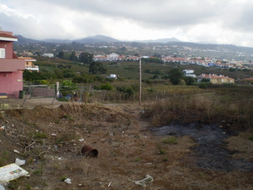 Urban plot! With project for 4 detached houses. Teide and sea views. Good situated.