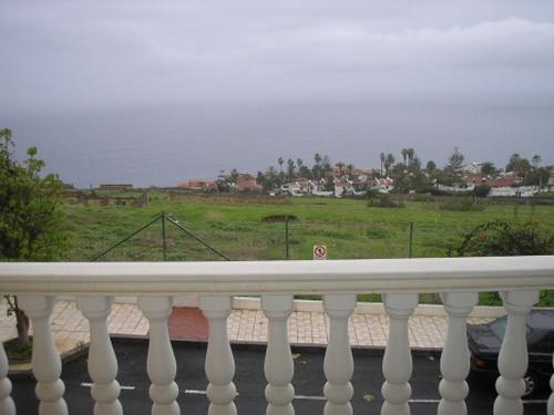 Wohnung in ruhiger Lage mit Blick aufs Meer.