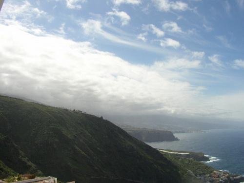 Komplett eingerichtes Appartement mit Panoramablick auf Meer und Teide.