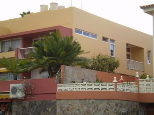 Schönes Appartement mit Terrasse, Blick, sehr ruhige Lage.