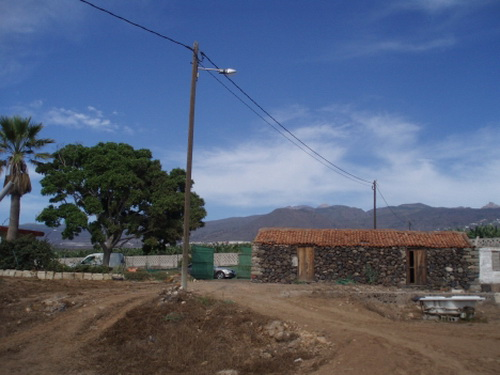 Ecological fruittree finca with 3 houses and marvelous views.